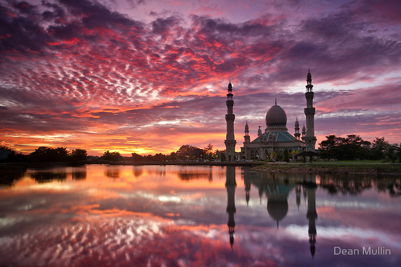 Mosque-in-Kuala-Belait-Brunei